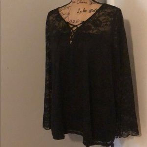 Lacey tunic with slight bell sleeve